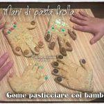 Mani+di+pasta+frolla:+come+pasticciare+coi+bambini Mani, Triangle, Pasta, Noodles, Pasta Dishes