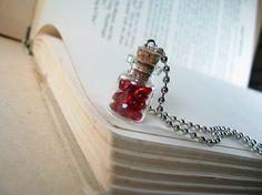 Collar Botella Roja Gems 0,5 ml de vidrio - Botella de rubíes de cristal Vial Colgante Charm - Red Rubies diamante Gemas