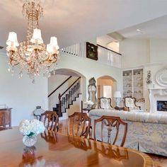 Dakota Fanning And Elle Fanning's Childhood Studio City Home Is For Sale For $2.85 Million  - Delish.com