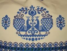 This Pin was discovered by Dea Embroidery Neck Designs, Bird Embroidery, Cross Stitch Embroidery, Embroidery Patterns, Knitting Patterns, Cross Stitch Bird, Cross Stitch Samplers, Cross Stitch Designs, Cross Stitch Patterns