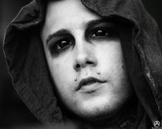 Onstage Portait – Joshua Balz of Motionless In White. full set- http://adamelmakias.com/live/onstage-portraits-warped-tour/