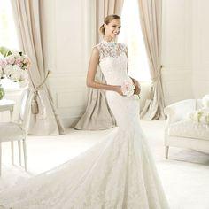 Formal high neckline sleeveless appliqued lace fishtail train mermaid long wedding dress 2013 hot sale