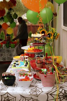 Bugs, Insects and Crafts! Birthday Party Ideas | Photo 1 of 26 | Catch My Party