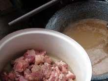 12:15 Pridávame bravčové Oatmeal, Meat, Chicken, Breakfast, Food, Goulash Soup, Peeling Potatoes, Beef, Food Portions