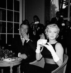"""July151956, at the London Savoy, press conference for """"The Prince & the Showgirl"""" with Laurence Olivier"""