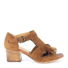 Sandalo Lemarè tacco in camoscio marrone cuoio con frange