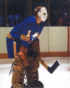 ROGER CROZIER VINTAGE GOALIE MASK NHL HOCKEY 8X10 PHOTO