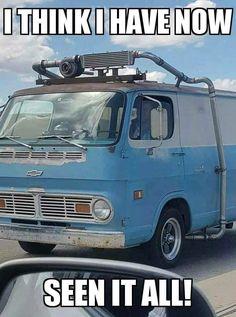 The Dexturismo& , Truck Memes, Funny Car Memes, Car Humor, Ford Memes, Hilarious, Bmw M235i, Vanz, Cool Vans, Lamborghini Veneno