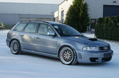 Audi RS4 Avant Modified