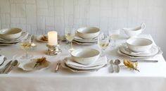 Image courtesy of Amara - all white table setting