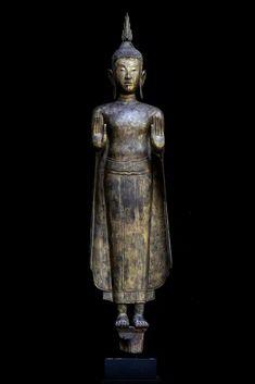 Antique Buddha Sculpture, Buddha Statues, Buddha Images and Art Standing Buddha Statue, Art Thai, Buddha Garden, Buddha Sculpture, Buddhist Art, African Art, Buddhism, Beautiful Images, Serenity