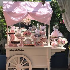 Victorian Candy Cart by Bizzie Bee Creations Candy Table, Candy Buffet, Dessert Table, Party Props, Party Themes, Wedding Sweet Cart, Candy Stand, Sweet Carts, Candy Cart
