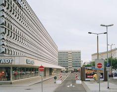 First it was a govt., building, then it was a Karstadt...now...? Magdeburg, Germany (former DDR) #brutalism #karstadt #madgeburg #ddr #sovietmodern