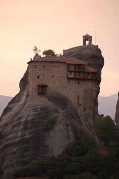 Meteora, Greece  oh memories... @Leslie Hopp