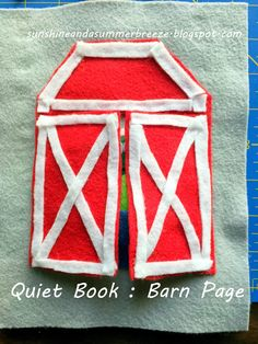 Sunshine and a Summer Breeze: No-Sew Quiet Book: Barn and Finger Puppets
