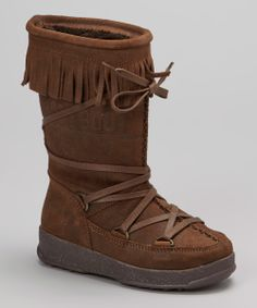 Moccasin boots! I need these...