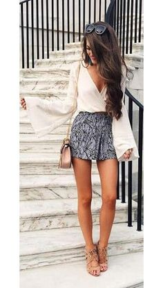 30 Chic Fall Outfit Ideas – Street Style Look. 53 Dizzy Looks That Always Look Fantastic – 30 Chic Fall Outfit Ideas – Street Style Look. Casual Chic Outfits, Komplette Outfits, Spring Outfits, Fashion Outfits, Womens Fashion, Outfit Summer, Preppy Outfits, Skirt Outfits, Fashion Ideas
