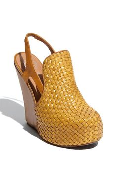 Free shipping and returns on Jeffrey Campbell 'Darian' Sandal at Nordstrom.com. Woven fibers wrap the vamp and substantial platform of a sky-high slingback sandal lifted by a covered wedge heel.