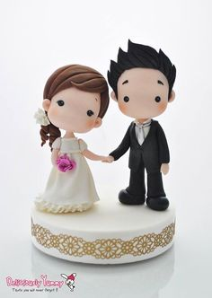 Porcelana fría - Cold porcelain - Wedding Cake Topper                                                                                                                                                      Más