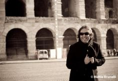 ..walkin'&laughin' in Verona!