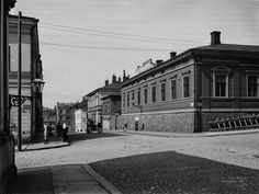 Hallituskatu 11, 13   Brander Signe HKM 1907   Helsingin kaupunginmuseo   negatiivi ja vedos, lasi paperi pahvi, mv