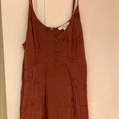 Forever 21 Maxi Dress floral with slits Rust Orange, Orange Color, Burnt Orange Bridesmaid Dresses, Floral Maxi Dress, Forever 21 Dresses, Floral Prints, Cold Shoulder Dress, 21st, Beautiful