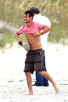 Josh Duhamel and Julianne Hough Film on the Beach - Pictures - Zimbio