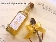 borcan miere 30 g, sticla 100 ml. culoarea funditei se poate modifica