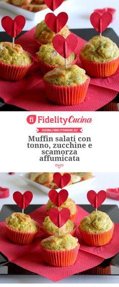 Muffin salati con tonno, zucchine e scamorza affumicata