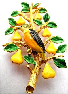 Vintage Cadoro Xmas Tree PIN Partridge IN Pear Tree Book Piece Christmas Brooch | eBay