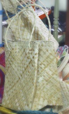 Pandan Bayong / Lauhala bag #shoppingbag #shopping #bayong #nativebag