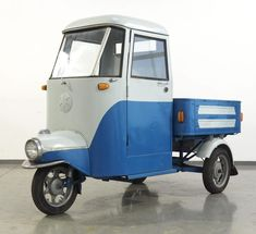 Vintage Italian Scooter Sale of the Century - 1962 Cezeta CZ 505 Scooter Storage, Italian Scooter, Kei Car, Piaggio Ape, Scooter Custom, Scooters For Sale, Electric Scooter, Electric Car, Moto Guzzi