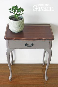 Queen Anne Style Accent Table With Cherry Wood And Marble