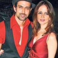 What the hell is going on in Bollywood. According to rumours, Suzanne Khan, who was married to Hrithik Roshan for 13 years, is not all set to marry a very close friend of Hrithik's. <div><br></div><div>This is way too much masala and I am simply not able to handle this. </div><div><br></div><div>So is this just a rumour? Or is there actually any truth to this scandal, only time will tell. Till then, keep glued to this space for more!</div> itimes.com