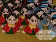 Chiquinha Miniatura em biscuit - Neuma Gonçalves