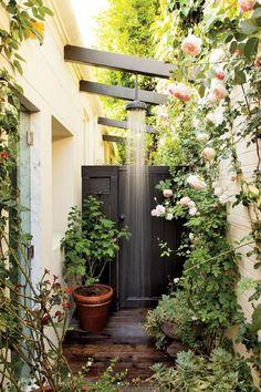 Inspiring-Ideas-to-Bring-Summer-Decor-Into-Your-HomeInspiring Ideas to Bring Summer Decor Into Your Home | See more Contemporary Lighting Ideas at http://contemporarylighting.eu