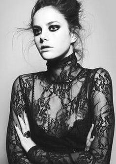 Image from http://images.fashionmodeldirectory.com/model/000000152360-Kaya_Scodelario-modelprofileMainPicCropped.jpg.
