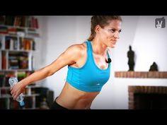 Fit in 4 Wochen - Tag 6 - Dein Workout für Brust und Arme mit Corinna Frey - YouTube