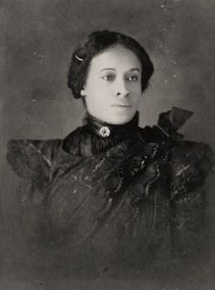 19C American Women: African American Women from the 1890s Albums of WEB Dubois