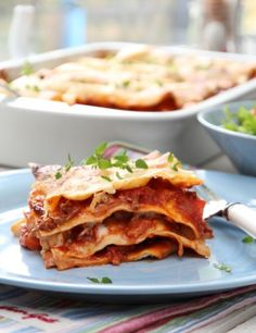 Lasagne Iftar, Mafia, Cravings, Curry, Food And Drink, Pizza, Cooking Recipes, Ethnic Recipes, Dinner Ideas