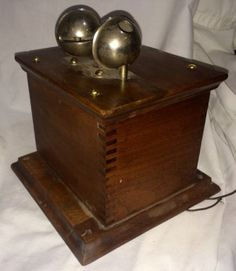 Vintage-Western-Electric-Ringer-Bell-Oak-Box-Original-Great-Condition-Type-259E