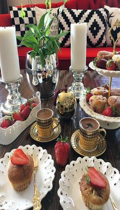Good Morning Coffee, Coffee Break, Cocoa Tea, Chocolate Caliente, Finger Sandwiches, Breakfast Tea, Coffee Type, Turkish Coffee, Decorating Coffee Tables