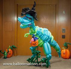 Photo Gallery - The Twisted Balloon Company Jungle Balloons, Big Balloons, The Balloon, Sculpture Art, Sculptures, Balloon Company, Balloon Decorations, Balloon Ideas, Halloween Balloons