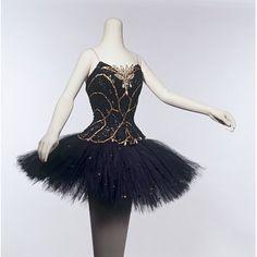 Tutu worn by Margot Fonteyn as Odile in Act III of Swan Lake in Vienna, 1964. l Victoria and Albert Museum #ballet