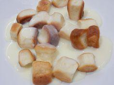 Výborný recept na dukátové buchtičky. Dukátové buchtičky je výborné sladké jídlo, které ocení zejména ti nejmenší. Dukátové buchtičky jsou dělané z ...