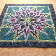 Feathered Star, Quiltworx.com, Made by Sylvia Willoughby