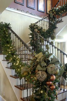 Holiday Decor: Christmas garland on stair banisters Christmas Stairs, Christmas Mantels, Noel Christmas, Winter Christmas, Christmas Wreaths, Christmas Crafts, Christmas Ornaments, Decoration Christmas, Xmas Decorations