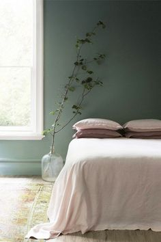 4 Fabulous Tips: Rustic Minimalist Bedroom Grey minimalist living room design deco.Minimalist Home Bedroom Grey minimalist bedroom plants wall hangings.Minimalist Interior Design Home. Bedroom Green, Green Rooms, Cozy Bedroom, Bedroom Decor, Bedroom Ideas, Bedroom Colors, Scandinavian Bedroom, Trendy Bedroom, Girls Bedroom