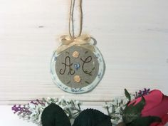 Linen Tag -Linen Door Ornaments-Embroidered Monogram Tag- One Personalized Tag- Linen Monogram Door Decor – Personalized Linen Gift Tag. by cosyribbon on Etsy