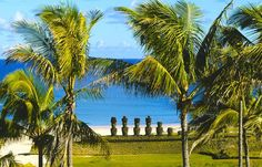 Easter Island Tourism in Chile - Next Trip Tourism Tahiti, Shanghai, Easter Island Travel, Statues, Places Around The World, Around The Worlds, Living In Peru, Islas Cook, Polynesian Islands